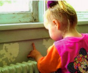 home-inspection-child-with-lead-paint